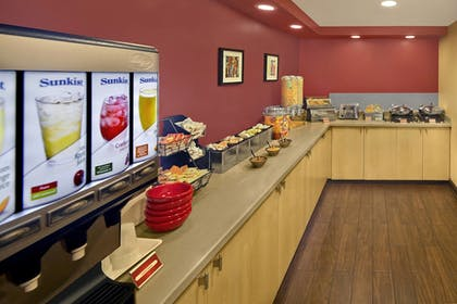 Breakfast Area | TownePlace Suites by Marriott Albany Downtown/Medical Center