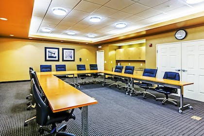 Meeting Facility | Towneplace Suites by Marriott Broken Arrow