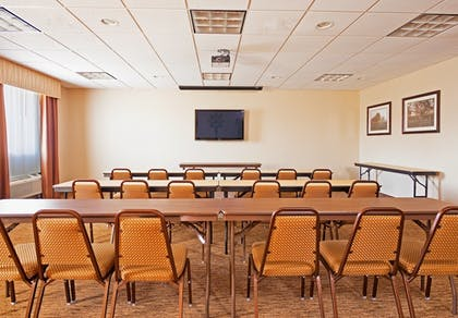 Meeting Facility | Holiday Inn Express Hotel & Suites BYRAM