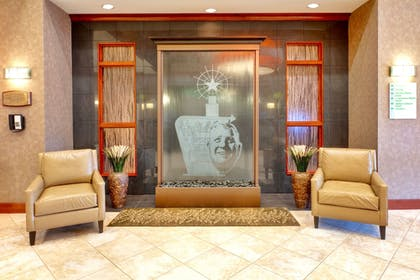 Lobby | Holiday Inn Hotel & Suites Memphis - Wolfchase Galleria