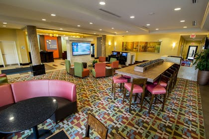 Interior Entrance | Holiday Inn Express & Suites, International Drive