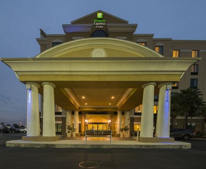 Featured Image | Holiday Inn Express & Suites, International Drive