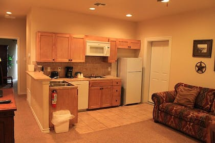 In-Room Kitchenette | Flying L Ranch Resort