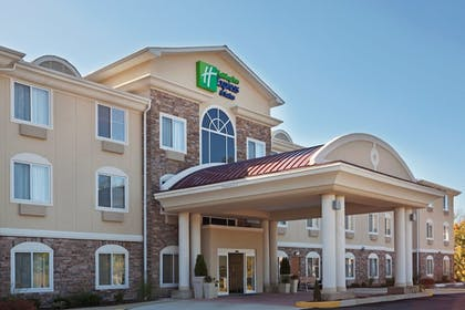 Featured Image | Holiday Inn Express Hotel & Suites Meriden
