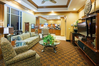 Lobby   Holiday Inn Express & Suites Somerset Central