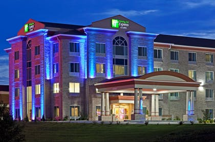 Featured Image   Holiday Inn Express & Suites Somerset Central