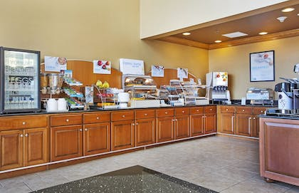Breakfast Area   Holiday Inn Express & Suites Somerset Central