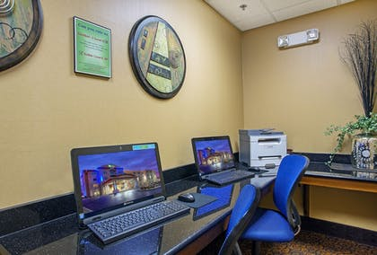 Business Center   Holiday Inn Express & Suites Somerset Central