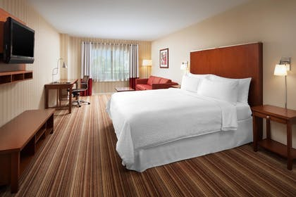 Guestroom | Four Points by Sheraton Ontario-Rancho Cucamonga