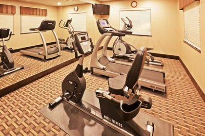 Fitness Facility | Holiday Inn Express Hotel & Suites GUYMON