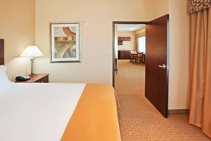 Room | Holiday Inn Express Hotel & Suites GUYMON