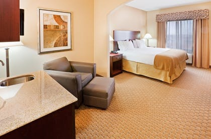 Guestroom | Holiday Inn Express Hotel & Suites GUYMON