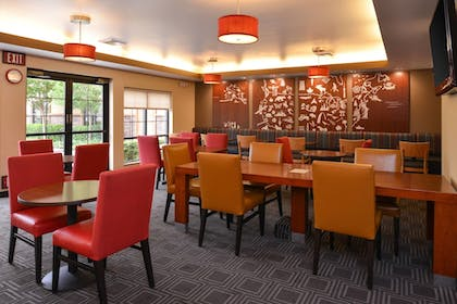 Restaurant | TownePlace Suites by Marriott Sacramento Roseville