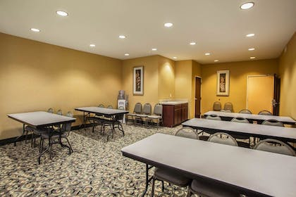 Meeting Facility | Comfort Suites Bloomington