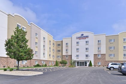 Exterior | Candlewood Suites Springfield North
