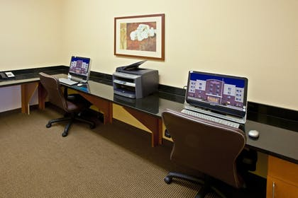 Business Center | Candlewood Suites Lafayette