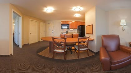 Living Area | Candlewood Suites Lafayette