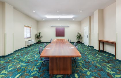 Meeting Facility | Candlewood Suites Lake Jackson Clute