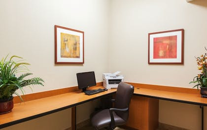 Business Center | Candlewood Suites Lake Jackson Clute