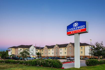 Featured Image | Candlewood Suites Lake Jackson Clute