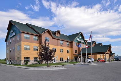 Hotel Front | AmericInn by Wyndham Fargo Medical Center