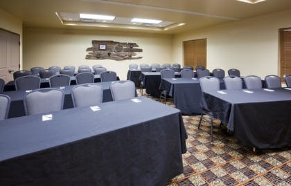 Meeting Facility | AmericInn by Wyndham Fargo Medical Center