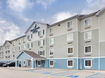 Exterior detail | WoodSpring Suites Mobile