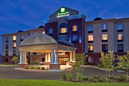 Featured Image | Holiday Inn Express Hotel & Suites Kodak East - Sevierville
