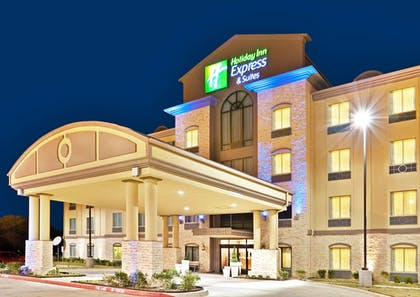 Featured Image | Holiday Inn Express & Suites Dallas Fair Park