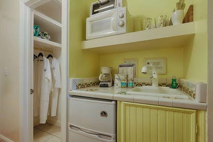 In-Room Kitchenette | The Caribbean Court Boutique Hotel