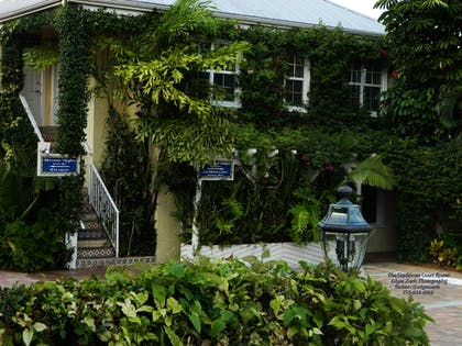 Hotel Front | The Caribbean Court Boutique Hotel