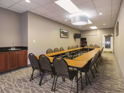Meeting Facility | La Quinta Inn & Suites by Wyndham Bowling Green