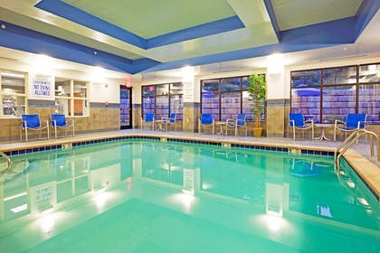 Pool | Holiday Inn Express & Suites Knoxville-Farragut