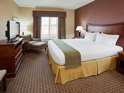 Guestroom | Holiday Inn Express & Suites Willows