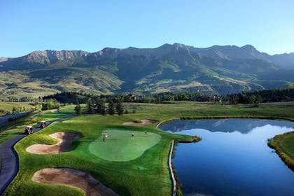 Golf | Madeline Hotel & Residences, Auberge Resorts Collection
