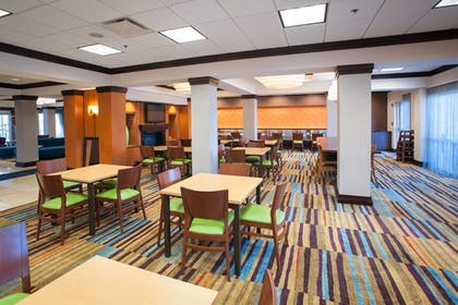 Restaurant | Fairfield Inn & Suites by Marriott Orange Beach