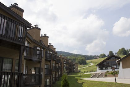 Featured Image | Mountain Lodge at Okemo