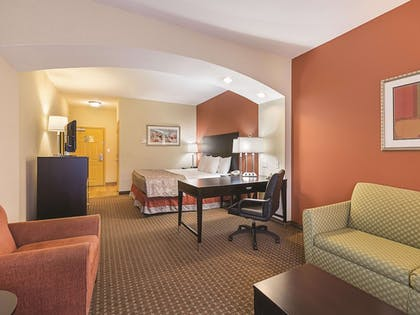 Featured Image | La Quinta Inn & Suites by Wyndham Houston East at Normandy
