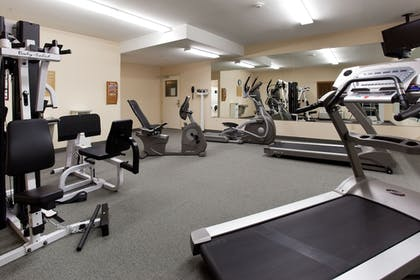 Fitness Facility | Candlewood Suites PARACHUTE