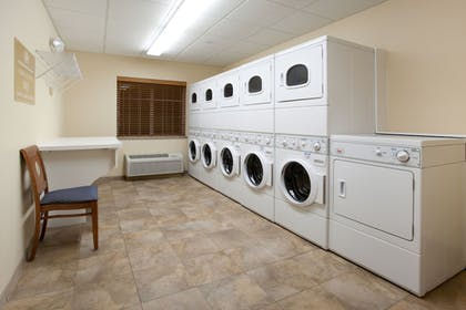 Laundry Room | Candlewood Suites PARACHUTE