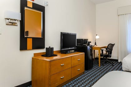 Guestroom | Fairfield Inn & Suites Wilkes-Barre Scranton