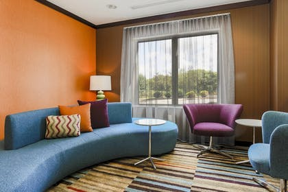 Hotel Bar | Fairfield Inn & Suites Wilkes-Barre Scranton