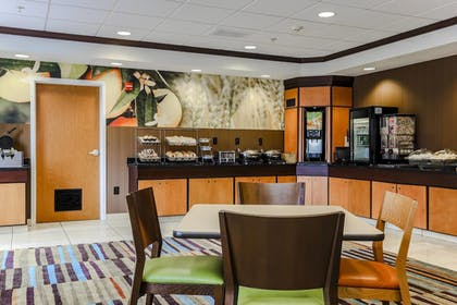 Restaurant | Fairfield Inn & Suites Wilkes-Barre Scranton
