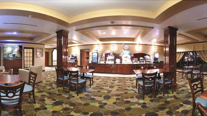 Breakfast Area | Holiday Inn Express Hotel & Suites Sealy