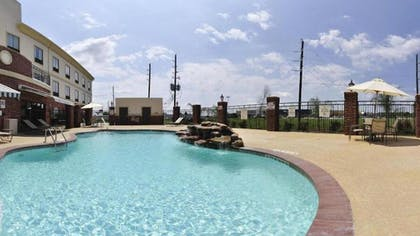 Outdoor Pool | Holiday Inn Express Hotel & Suites Sealy