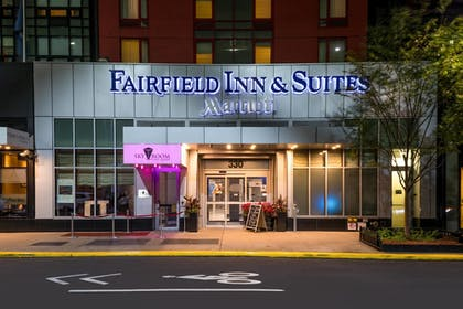 Exterior | Fairfield Inn by Marriott New York Manhattan/Times Square