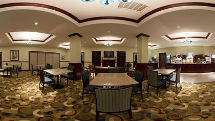 Breakfast Area | Holiday Inn Express Hotel & Suites Pauls Valley