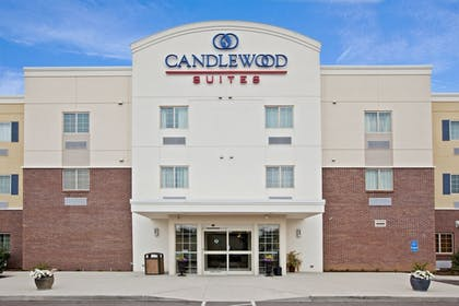 Featured Image | Candlewood Suites Lexington