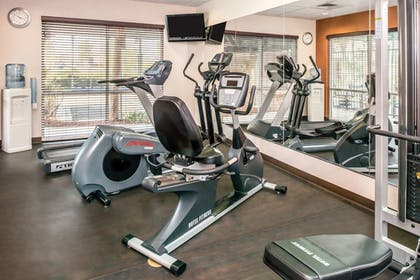 Fitness Facility | Comfort Suites Ontario Convention Center