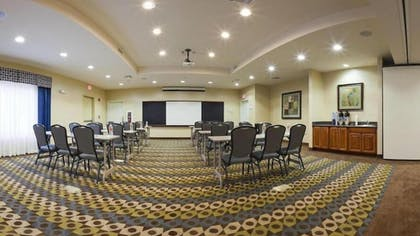 Meeting Facility | Holiday Inn Express Inn & Suites Searcy